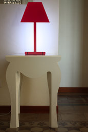 2.D LIVING - Lampada rossa elegante di design italiano (Caoscreo)