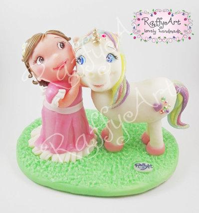 """Cake topper compleanno """"Lola and the Unicorn"""" (personalizzabile)"""