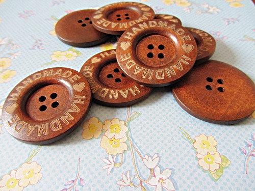 Set di 4 bottoni in legno 40 mm 4 fori,handmade,fai da te,pulsanti di grandi dimensioni.