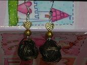Orecchini gomitolo in bronzo