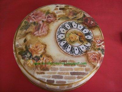 orologio decoupage rustico