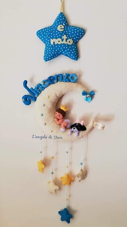 Fiocco nascita luna con bimbo principe in pannolenci