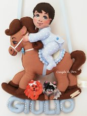 Fiocco nascita cavallo a dondolo e bambino