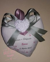 Bomboniera matrimonio cuore imbottito con stampa dei nomi e gessetto profumato
