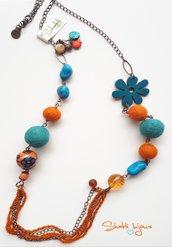 """collana in rame anticato e perle in lana cotta arancio e turchese - """"la via delle spezie"""""""
