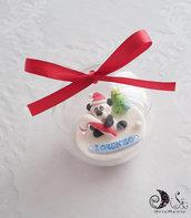 pallina di natale plexiglass con panda natalizio personalizzabile con nome, addobbi natalizi personalizzabili