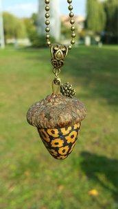 Collana con ghianda vera e in fimo, gioielli etnici per amanti della natura