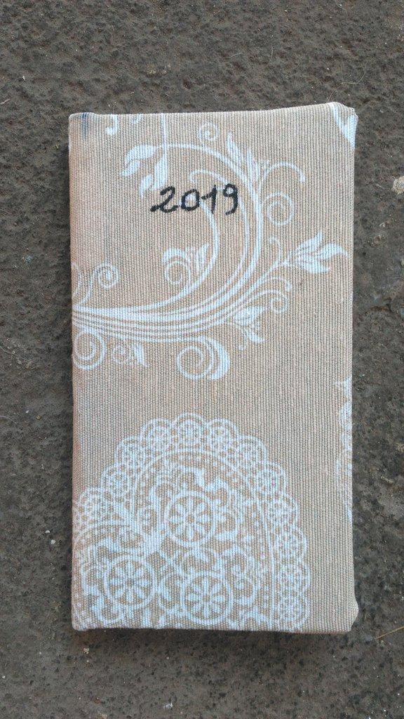 Agendina settimanale 2019 rivestita di Stoffa 16x8cm Fatto a Mano