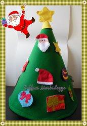 Albero di Natale in feltro a forma di cono