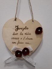 targa in legno a forma di cuore famiglia