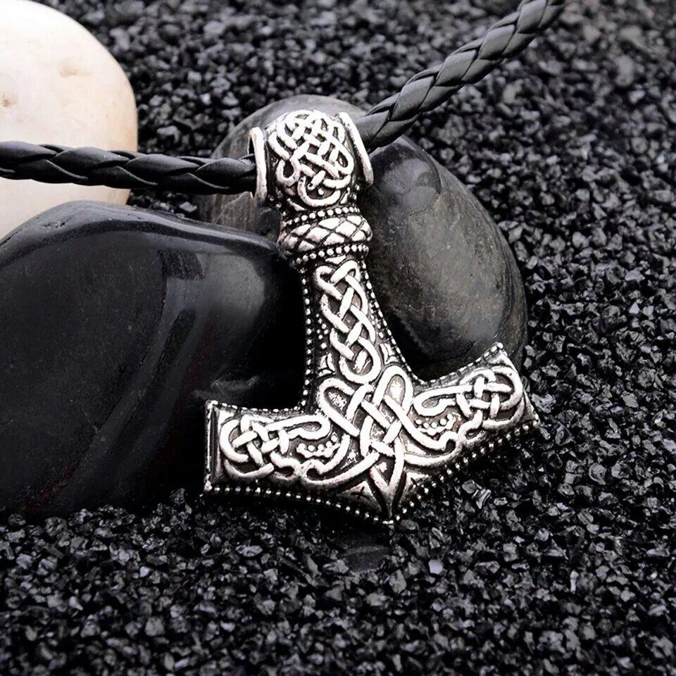Ciondolo Martello Thor Mjollnir collana amuleto portafortuna protezione