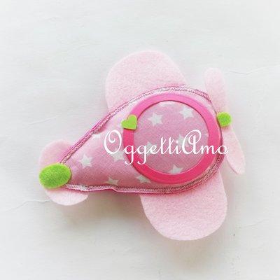 Una cornice calamitata per una bomboniera romantica e originale in rosa,glicine e verde.