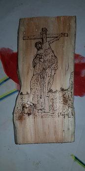 Tronco spiaggiato pirografato a mano. San Francesco