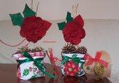 Vasetti natalizi con pigne e stelle di Natale 2 pezzi