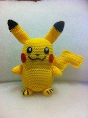 Pikachu pupazzo amigurumi