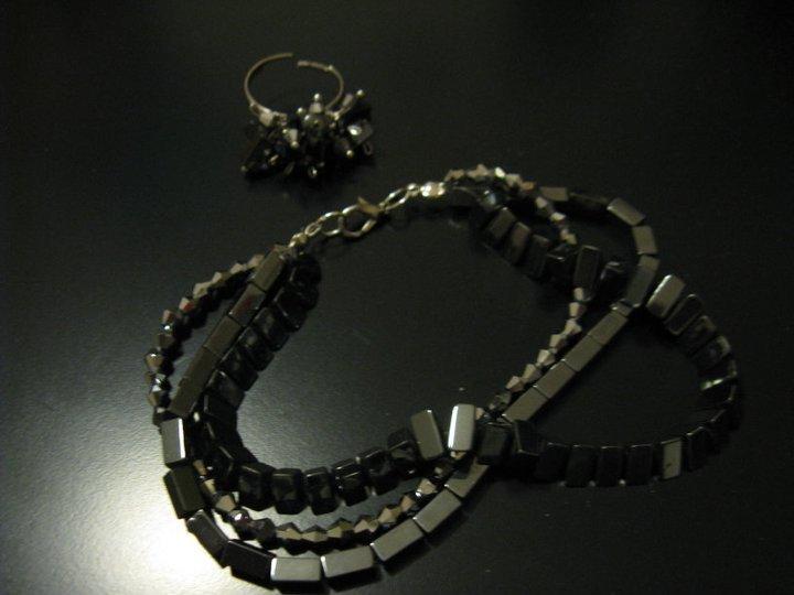 Anello+bracciale  pietre luminose