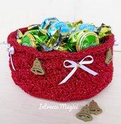 Cestino porta-cioccolatini natalizio all'uncinetto - idea regalo per Natale