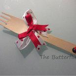 N° 10 Forchette in legno con fiocco rosso e bianco con cuori per segnaposto o bomboniera e coccinella
