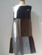 Vestito patchwork da donna, in tessuti misti di lana; fatto a mano.