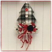 Alberello natalizio in cotone scozzese bianco e nero con rosa nera