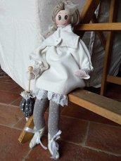 Bambola Paolina passeggiata in autunno