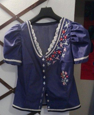 Camicia ricamata per donna in tessuto denim