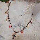 Collana rosario con ciondoli smaltati