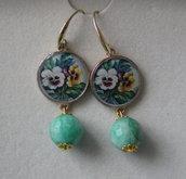 orecchini romantici a pendente  fiori viole violette e perla verde chiaro finale
