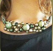 Collana wire verde oro