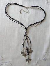 collana con cordini, catena e charms