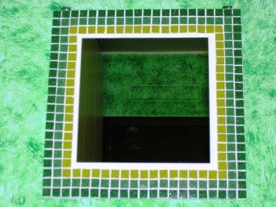 Specchio in mosaico