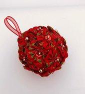 Pallina per albero di Natale in tessuto rosso