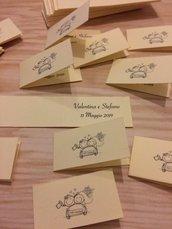 Bigliettini matrimonio confetti bomboniera sposini cartoncino avorio scritta nera