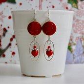 orecchini pendenti argento | orecchini con bottone in tessuto | orecchini di stoffa | orecchini Natale | cotone rosso | idea regalo donna Natale | perle rosse | fatto a mano