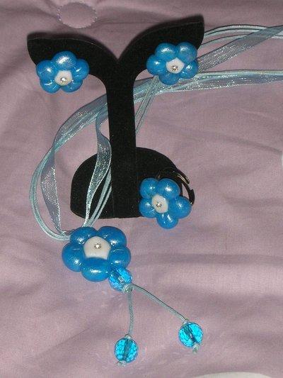 parure fiori fimo blu