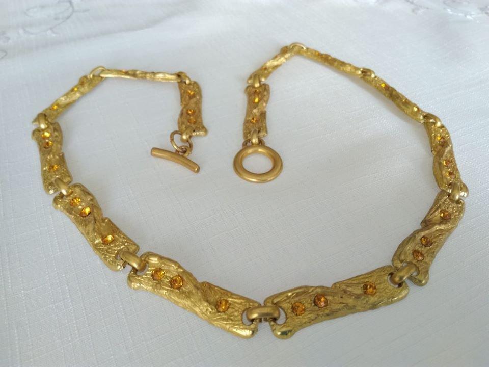 OFFERTA!!! Collana in metallo dorato,  vintage anni 70 /80
