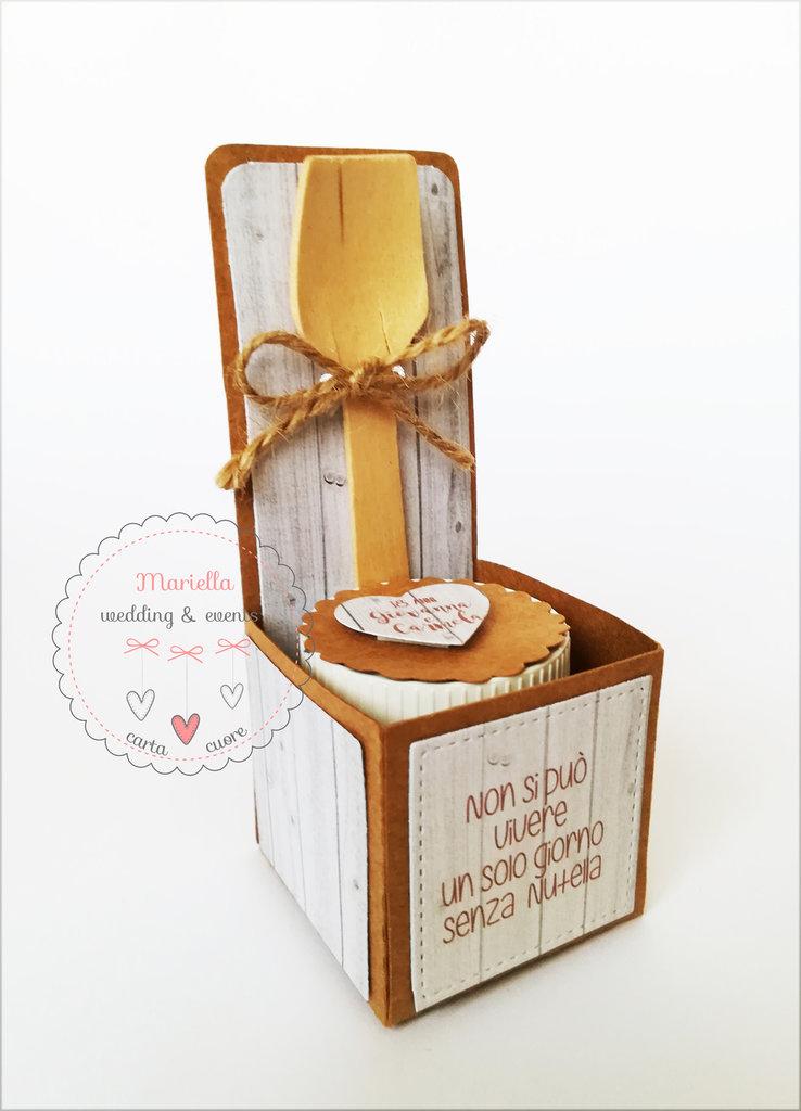 scatolina con mini vasetto nutella /marmellata/miele