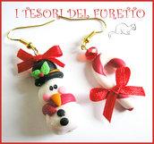 """Orecchini """" Natale omino di neve e bastoncino di zucchero"""" fimo cernit kawaii pupazzo neve natalebijoux natalizi"""