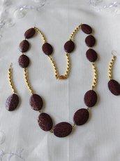 completo collana e orecchini con perle in resina e metallo dorato