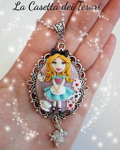 Alice in wonderland inspired, collana cameo, fimo, creazioni, kawaii