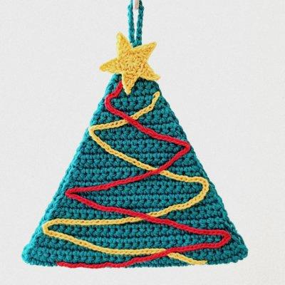Pattern spiegazione per realizzare la presina -albero di Natale- a uncinetto