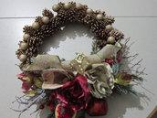 Natale 2018 - Ghirlanda tradizionale porta con pigne naturali