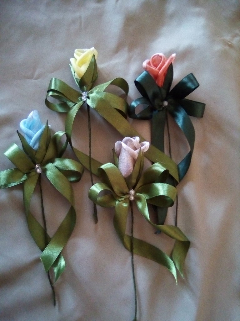 rose in tessuto segnaposto