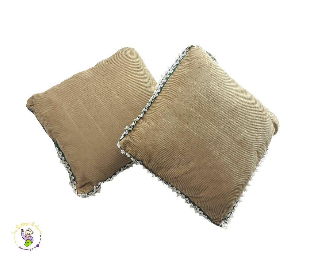 Cuscino beige in velluto a costine