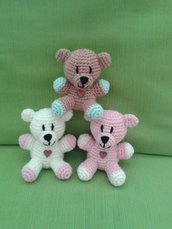 Orsetto all'uncinetto amigurumi