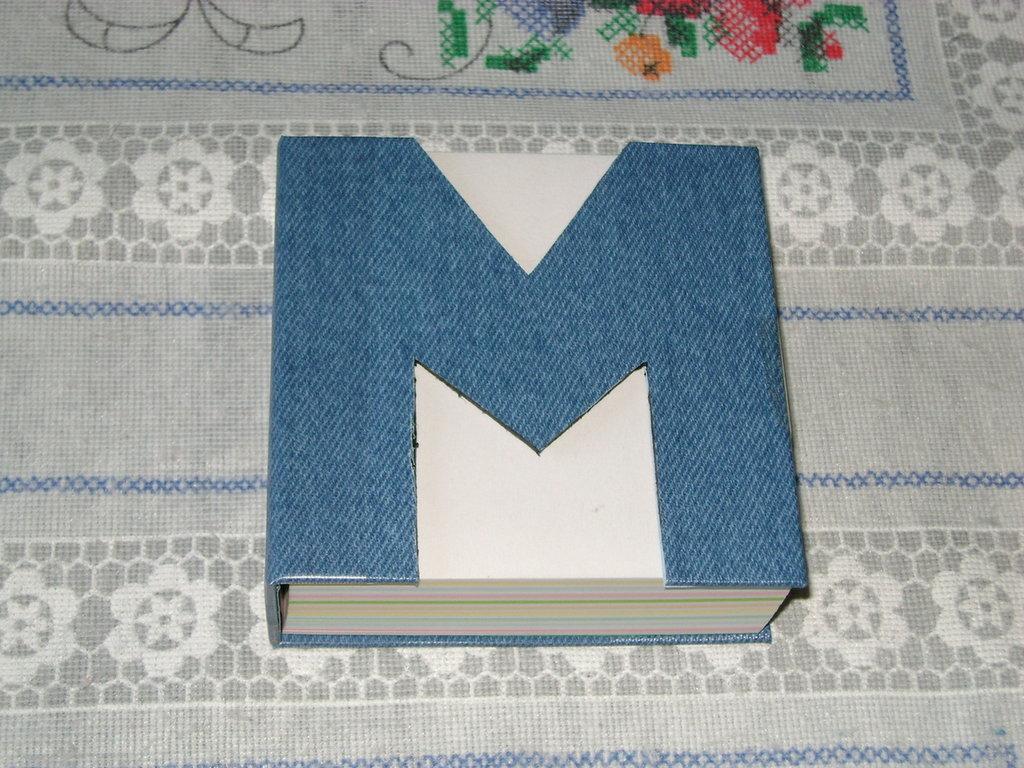 """Blocco note alfabeto """"M"""""""