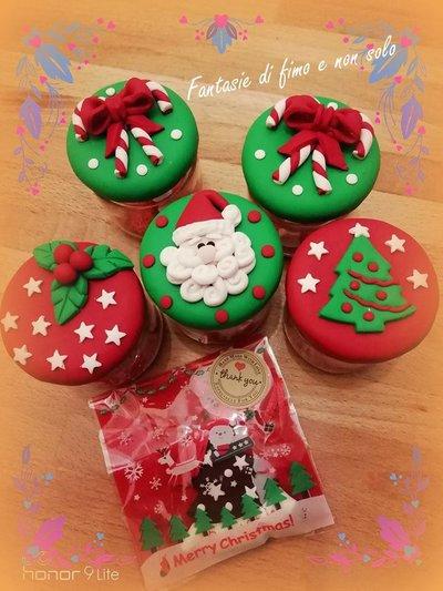 Barattolini natalizi realizzati a mano