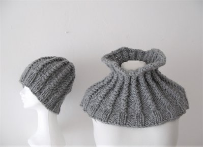 Set Collo e berretto - Sciarpa ad anello - sciarpa e berretto - berretto lana - infinity scarf