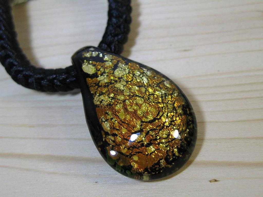 Girocollo con vetro di Murano - Ciondolo in vetro di Murano - perle di Murano - collana con vetro di Murano