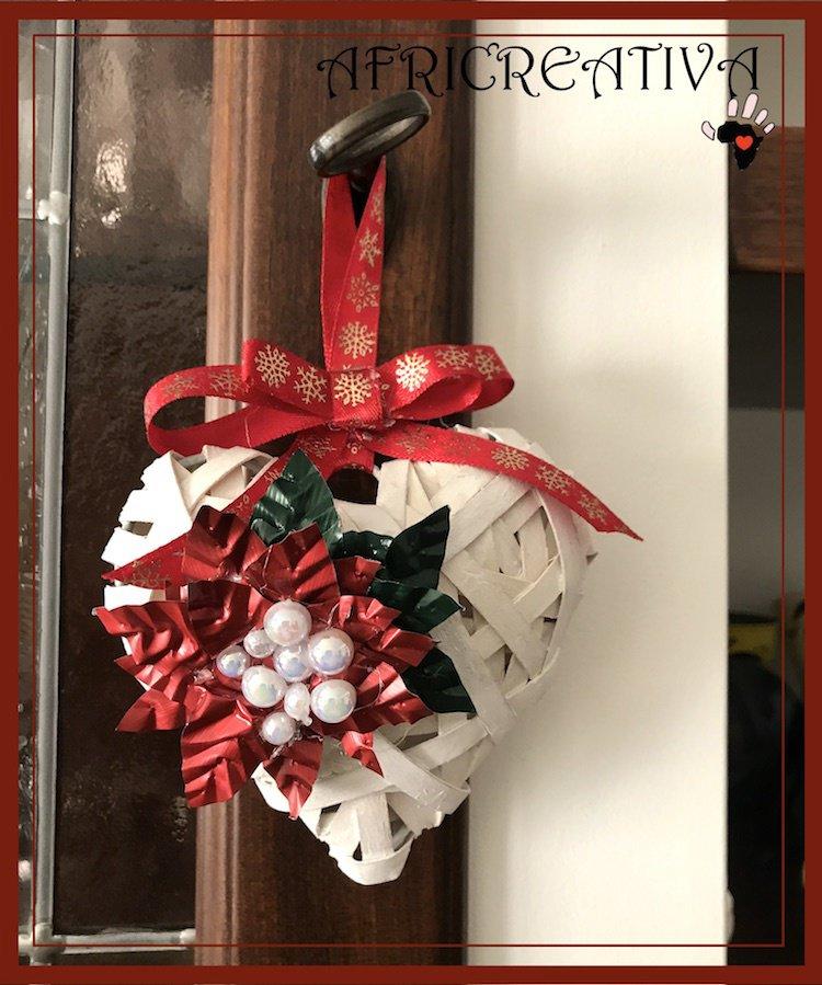 cuore di balsa con Stella i Natale rossa